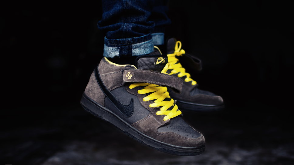 Nike dunk mid pro sb leviatation shoes brand wallpaper 969x545