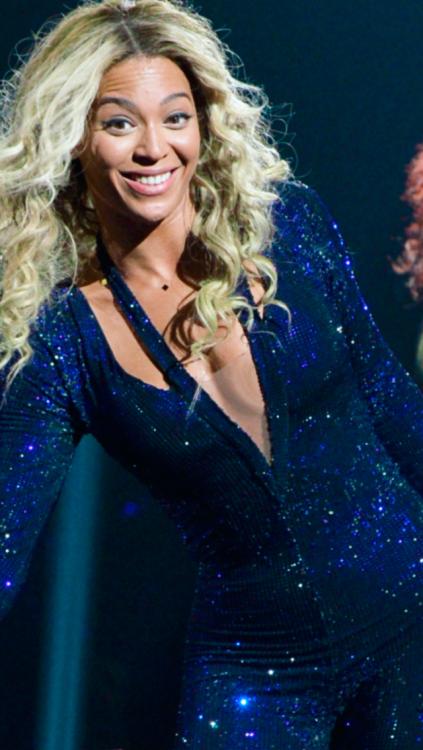 49+ Beyonce iPhone Wallpaper on WallpaperSafari