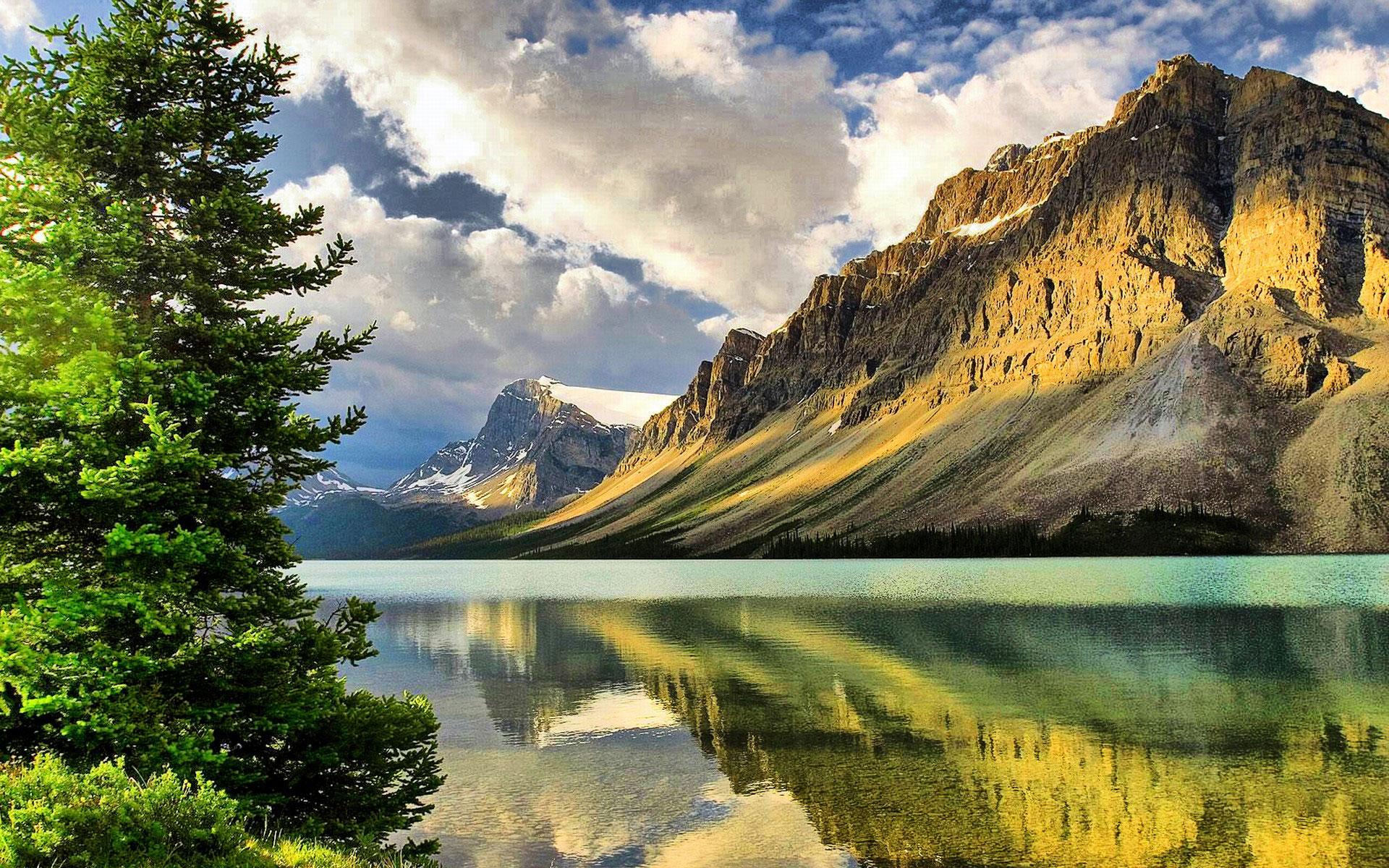 Mountains Wallpaper in HD - WallpaperSafari