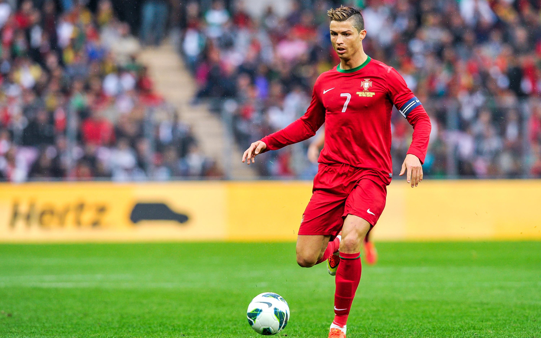 25 Cristiano Ronaldo Uhd Wallpapers On Wallpapersafari