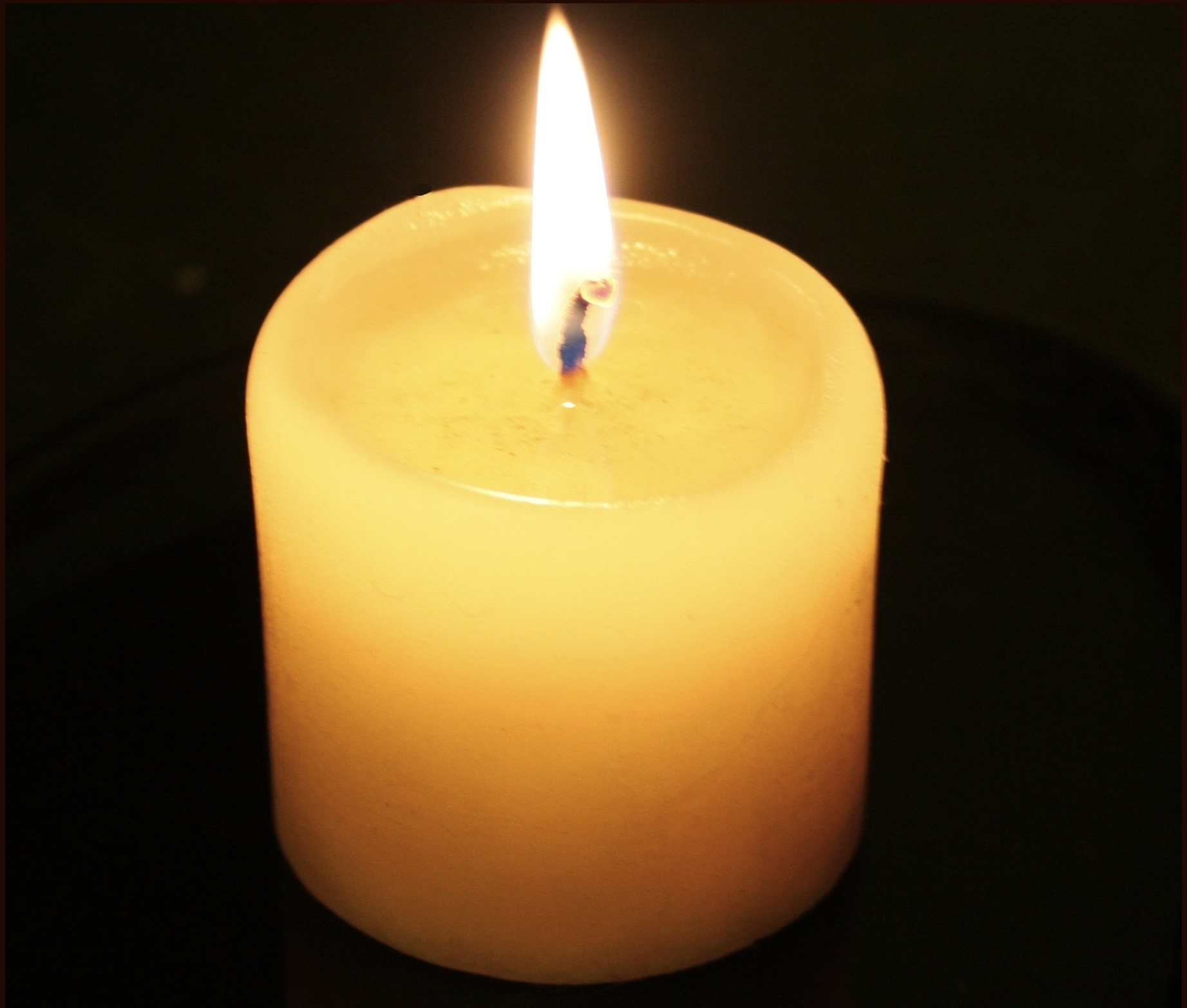 Candle Light Wallpaper HD Freetopwallpapercom 1843x1566