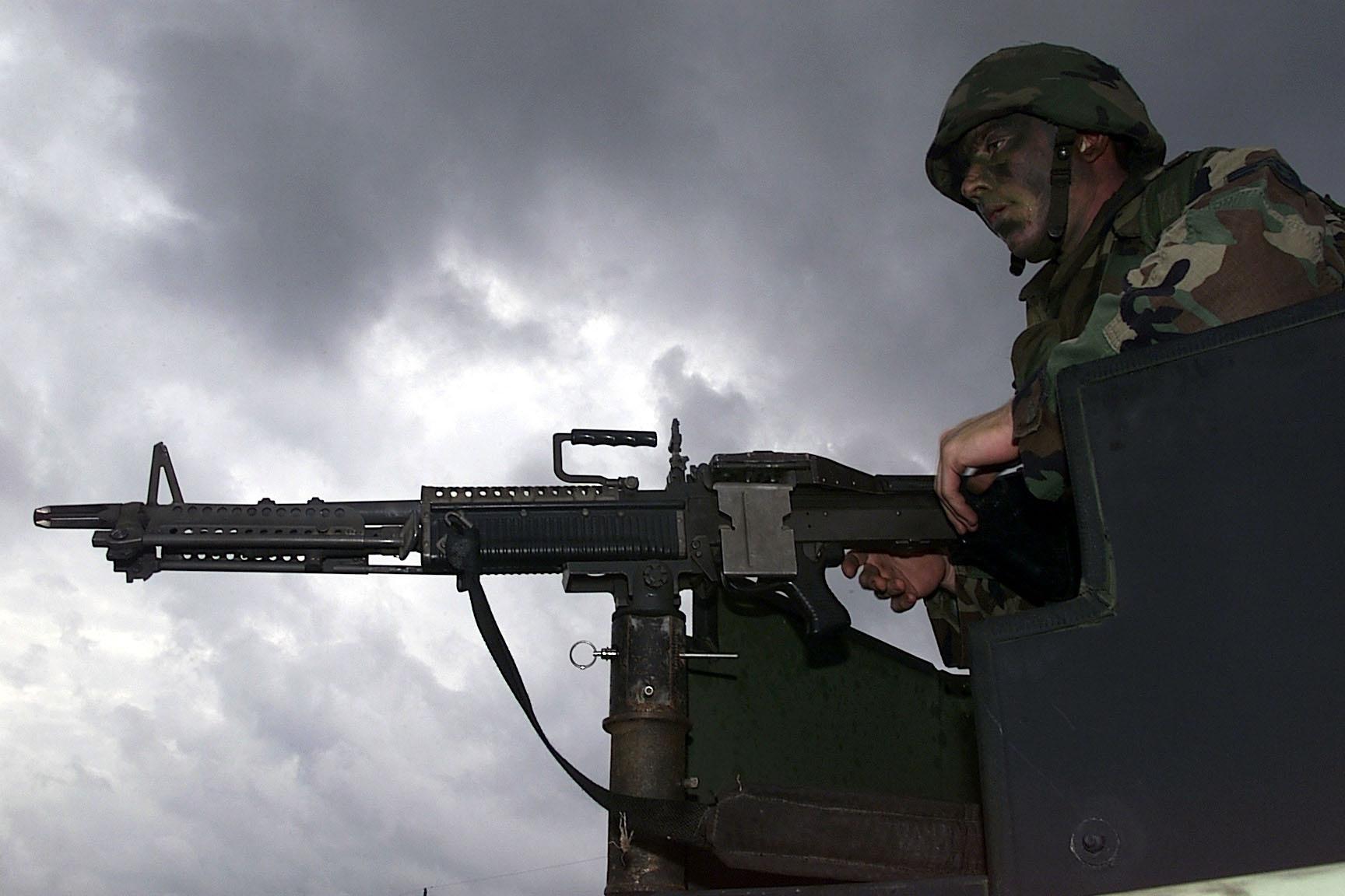 M60 MACHINE GUN military rifle weapon soldier t wallpaper background 1728x1152