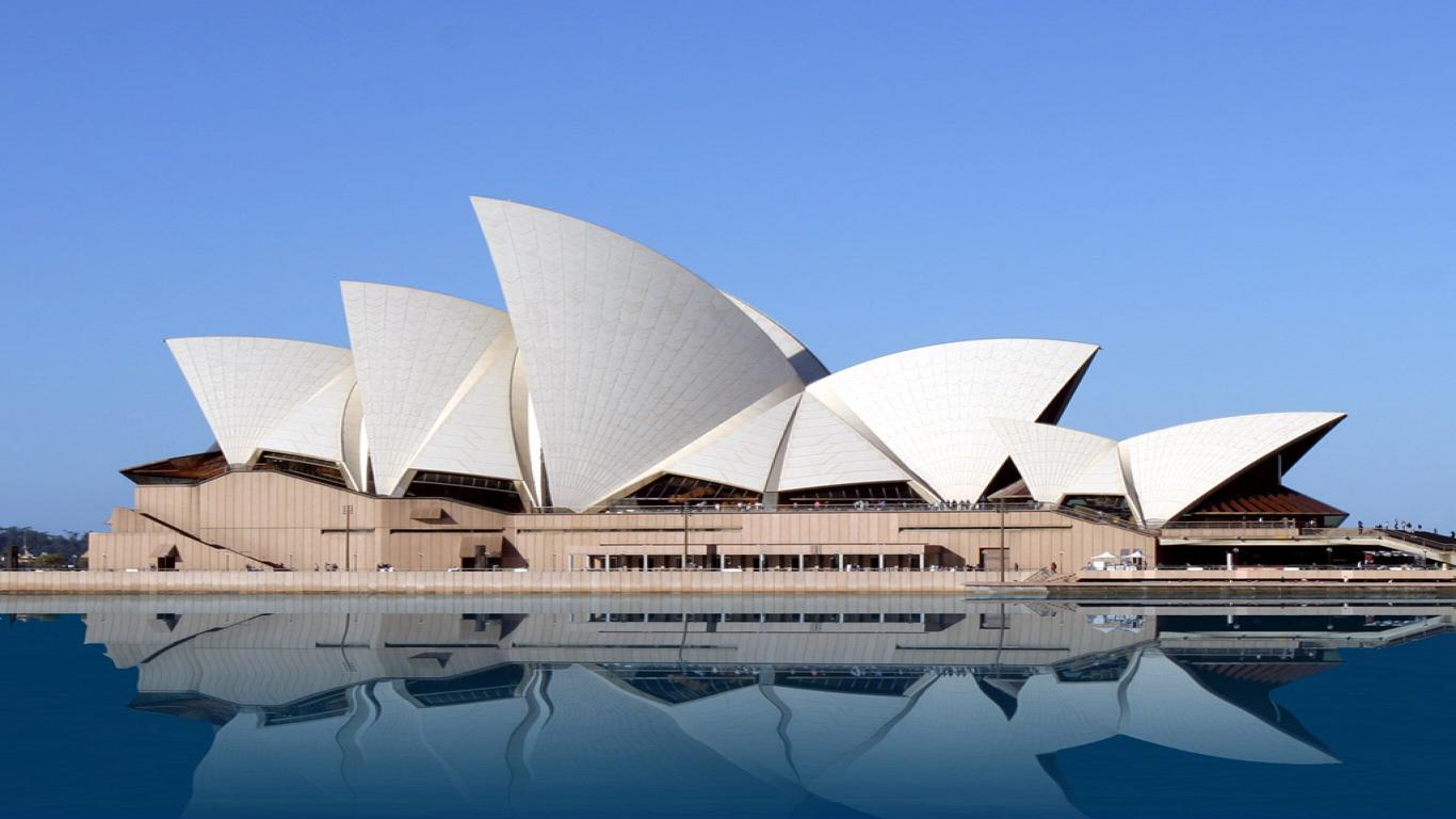 opera house 1366x768