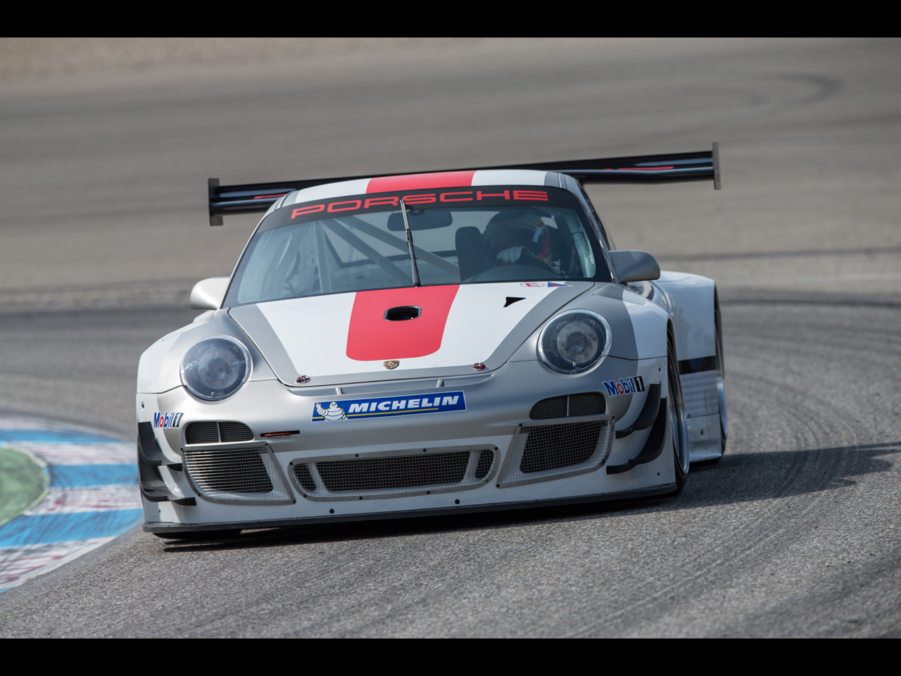 2013 Porsche 911 GT3 R   Motion 1   1280x960   Wallpaper 1280x960