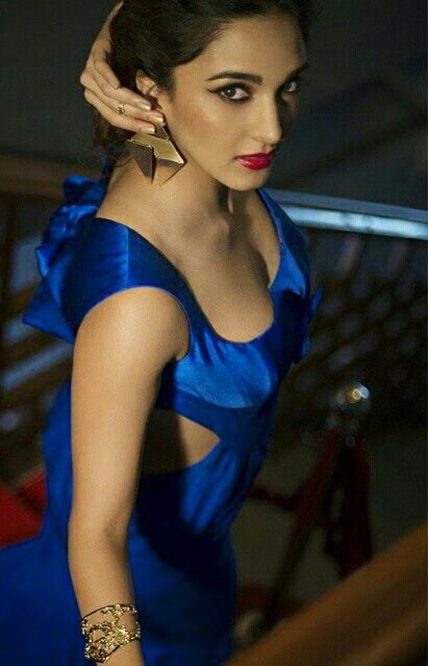 Kiara Advani Latest Hot Photos   JanBharat Times 600x934