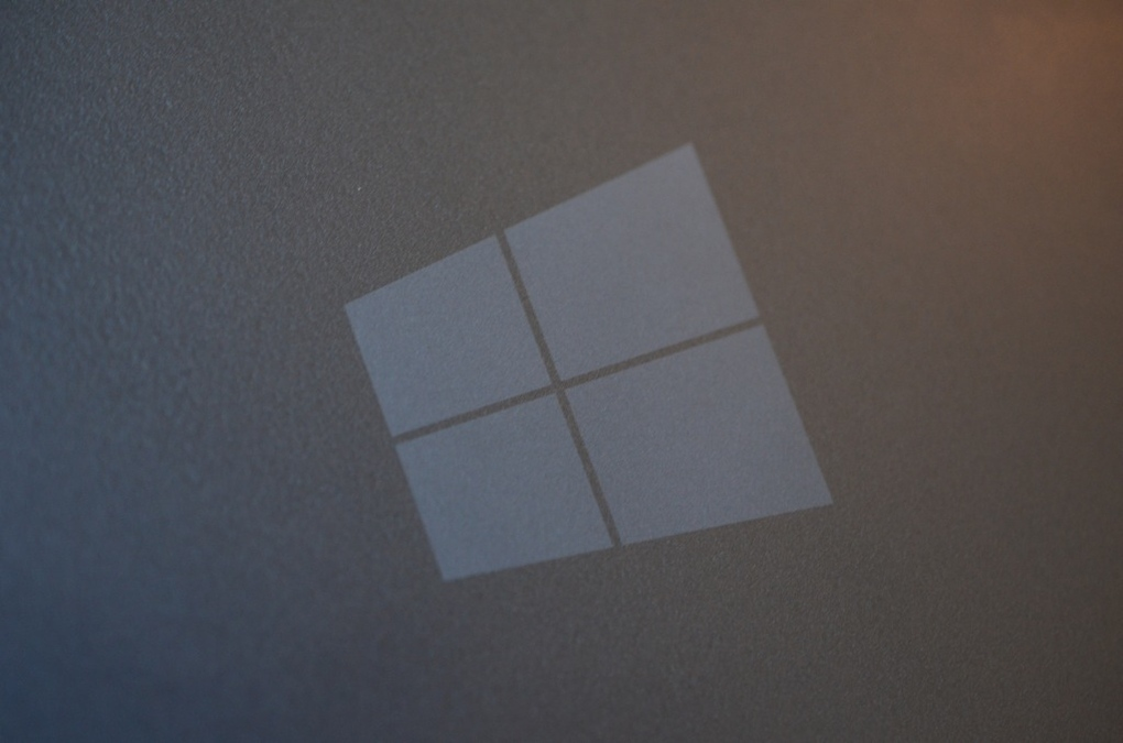 microsoft surface rt windows 8 logo