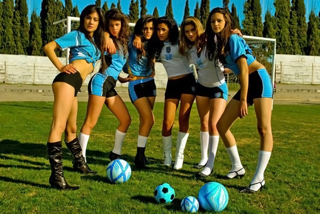 Women Football Wallpaper 1050x703 Women Football Teams 1050x703