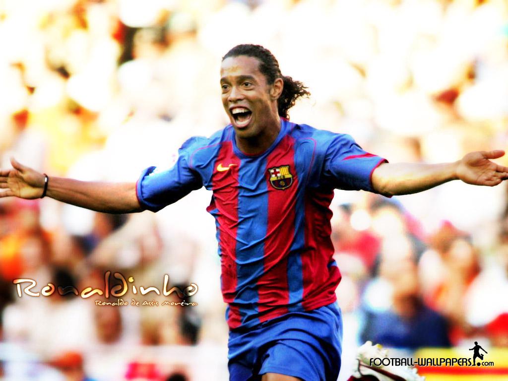 Wallpaper Ronaldinho   football wallpaper 1024x768