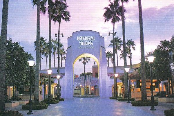 Universal Studios Hollywood   wallpaper 600x401