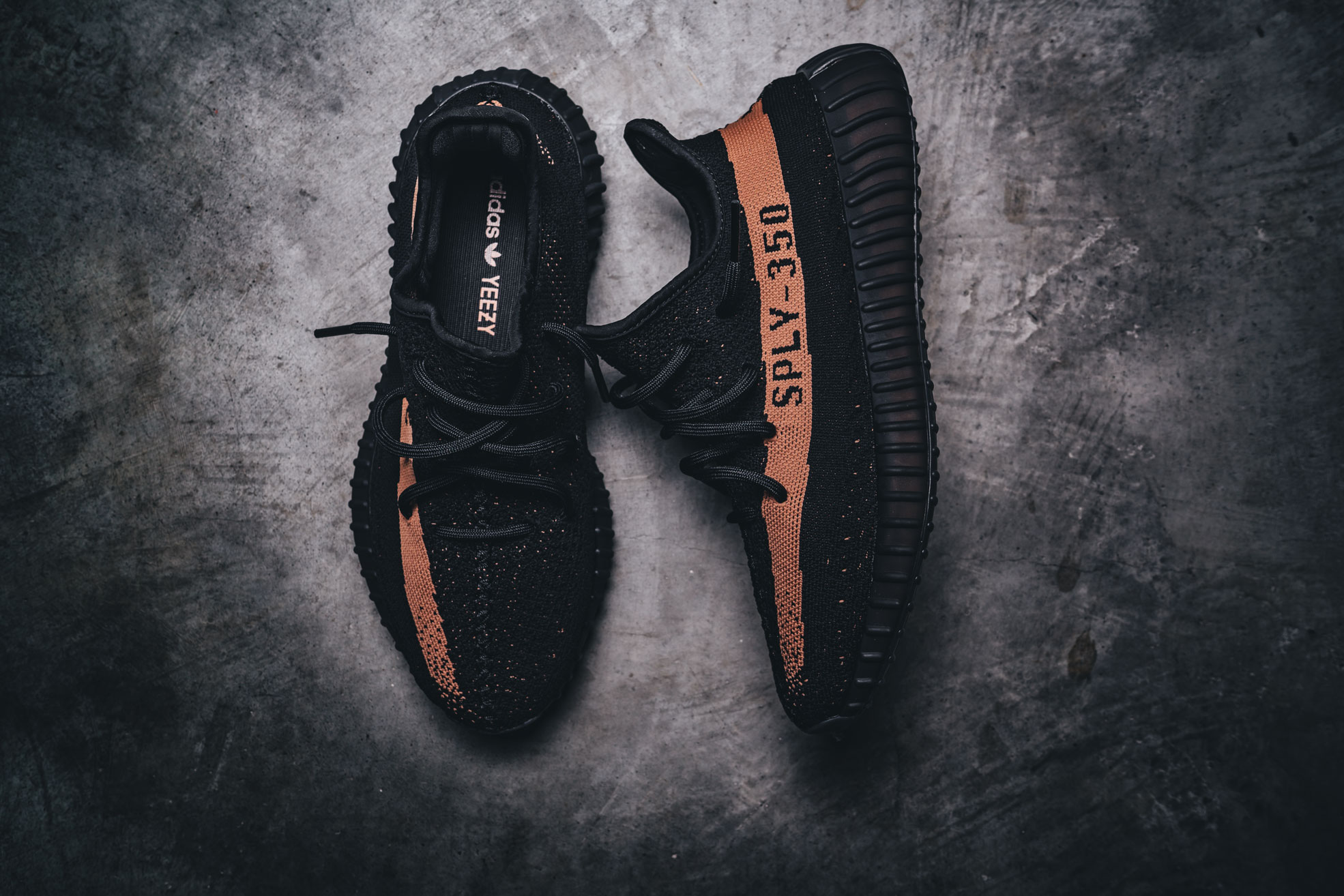 793bf9982d0 Adidas Yeezy Boost 350 V2 Copper Red Green Schuh 1970x1314