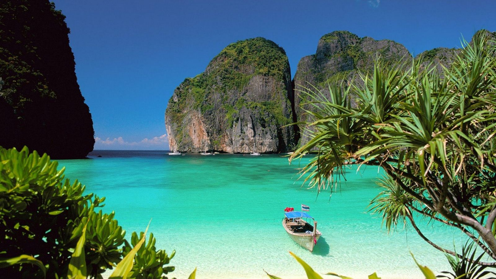Beautiful Island wallpaper for desktop