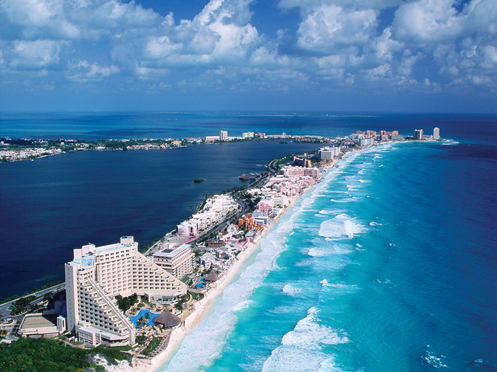 Free Download Cancun Mexico Wallpaper Ibackgroundwallpaper 1600x1200 For Your Desktop Mobile Tablet Explore 41 Cancun Mexico Wallpaper Mexico Beach Wallpaper Mexico Desktop Wallpaper Cancun Wallpaper Desktop