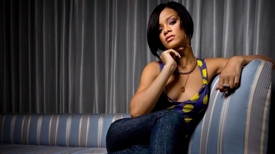 Rihanna HD Wallpaper HD Wallpaper of   hdwallpaper2013com 1080x607