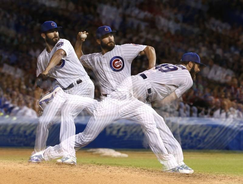 In this multiple exposure photo Chicago Cubs starting 800x607