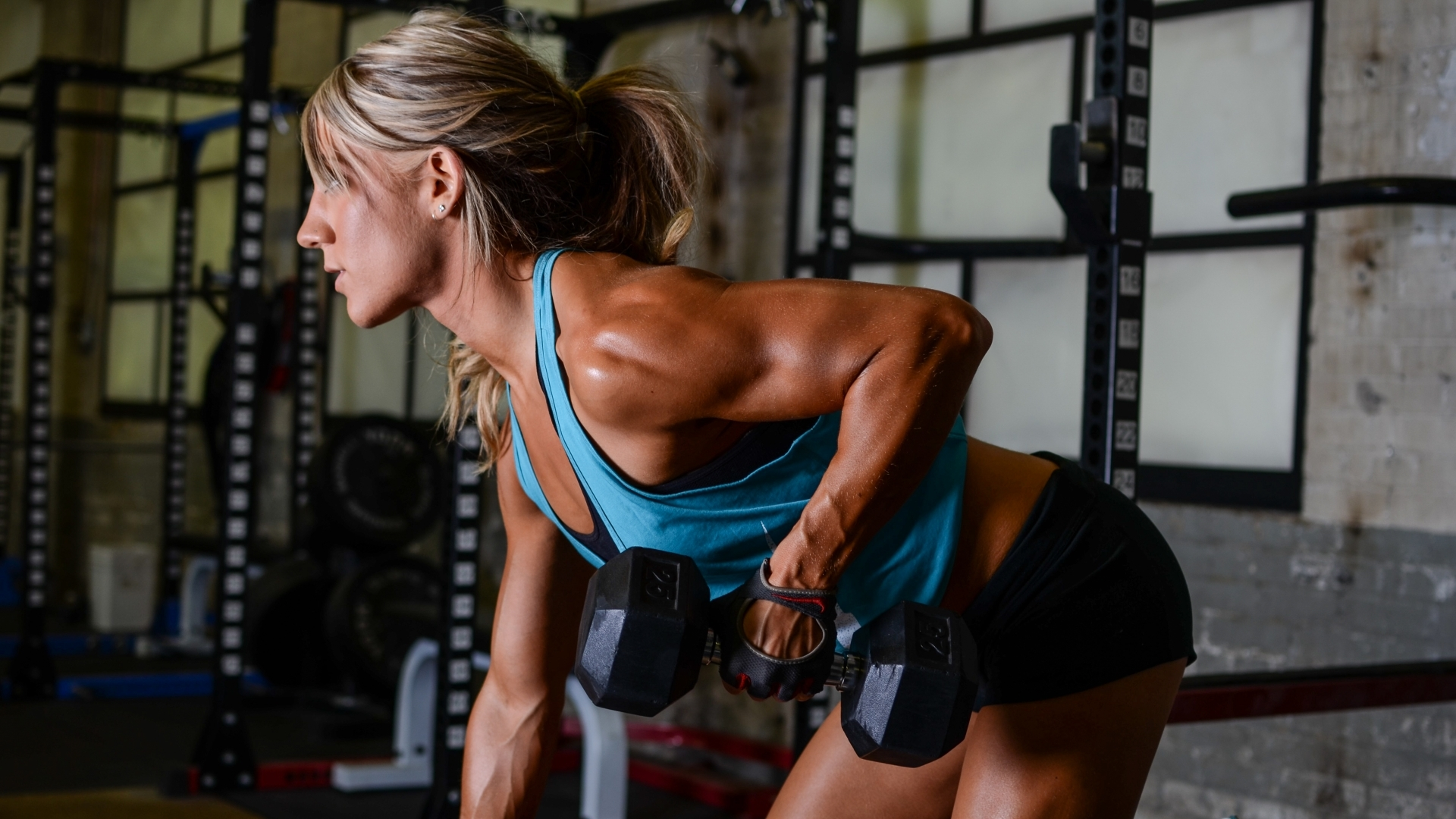 female exercises muscles gym training bodybuilding wallpapers 1920x1080