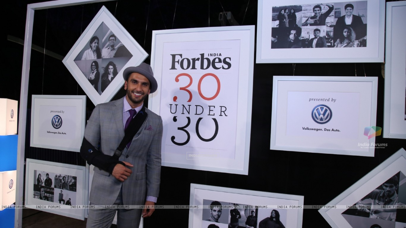 Wallpaper   Ranveer Singh at the Forbes 30 under 30 Young 1366x768