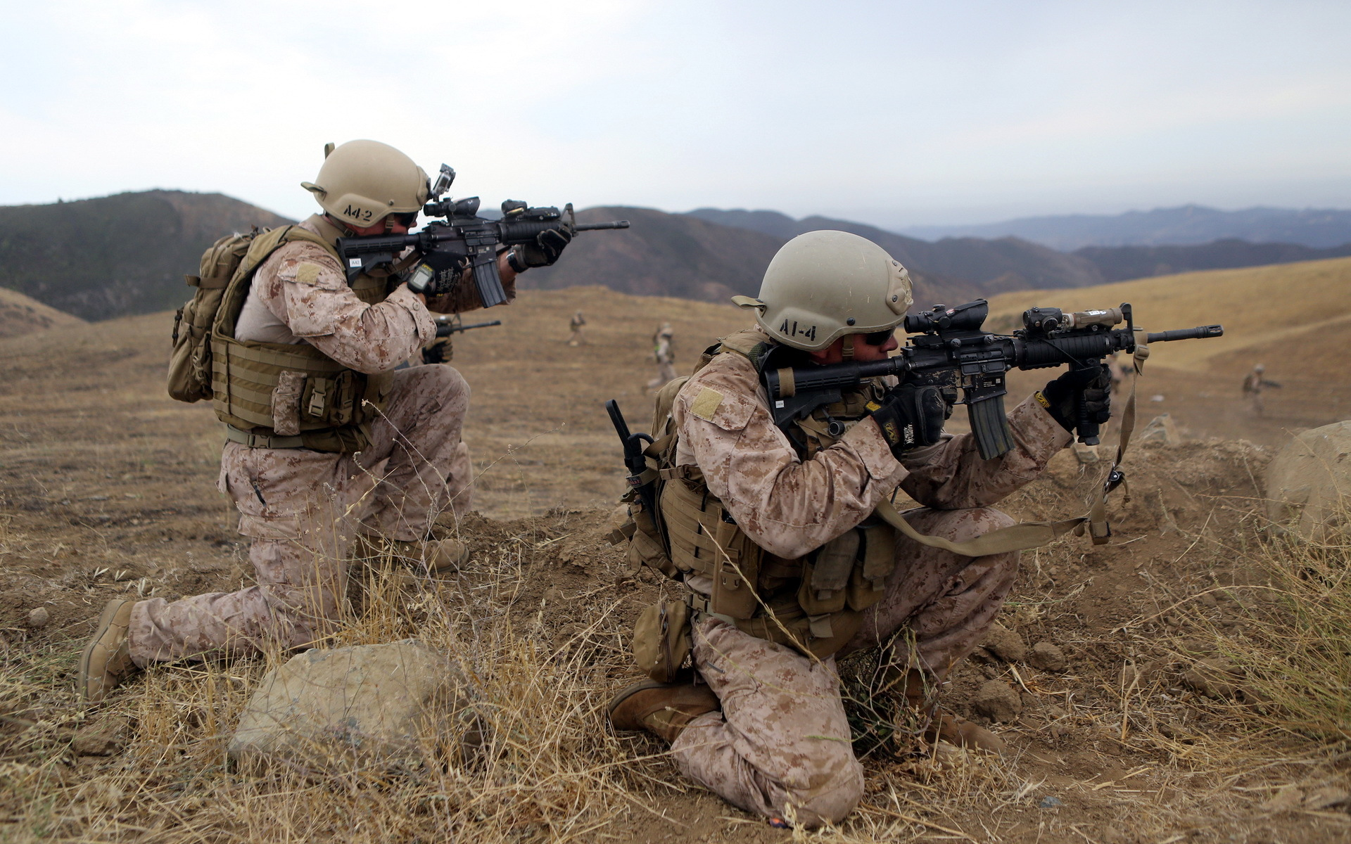 Wallpaper united states marine corps soldiers weapons wallpapers men 1920x1200