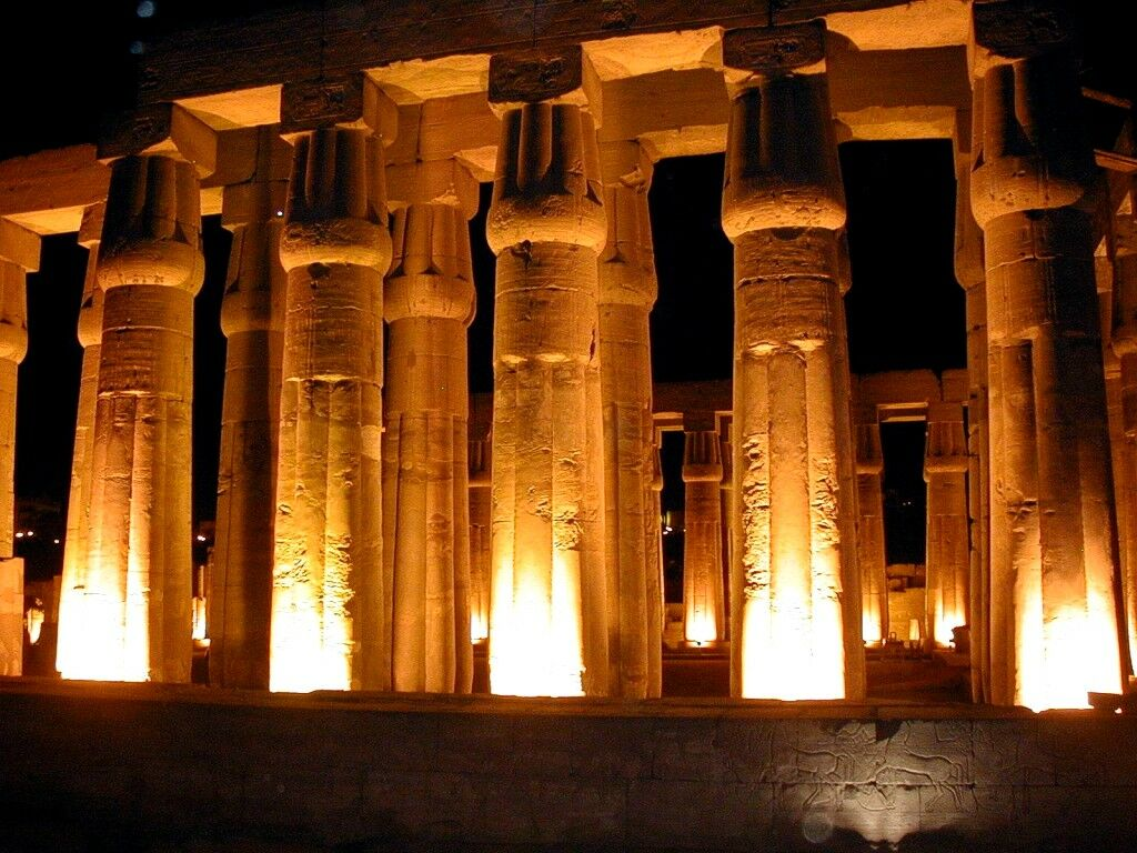 Egyptian Temple At Night In Luxor   Buildings Wallpaper 1024x768