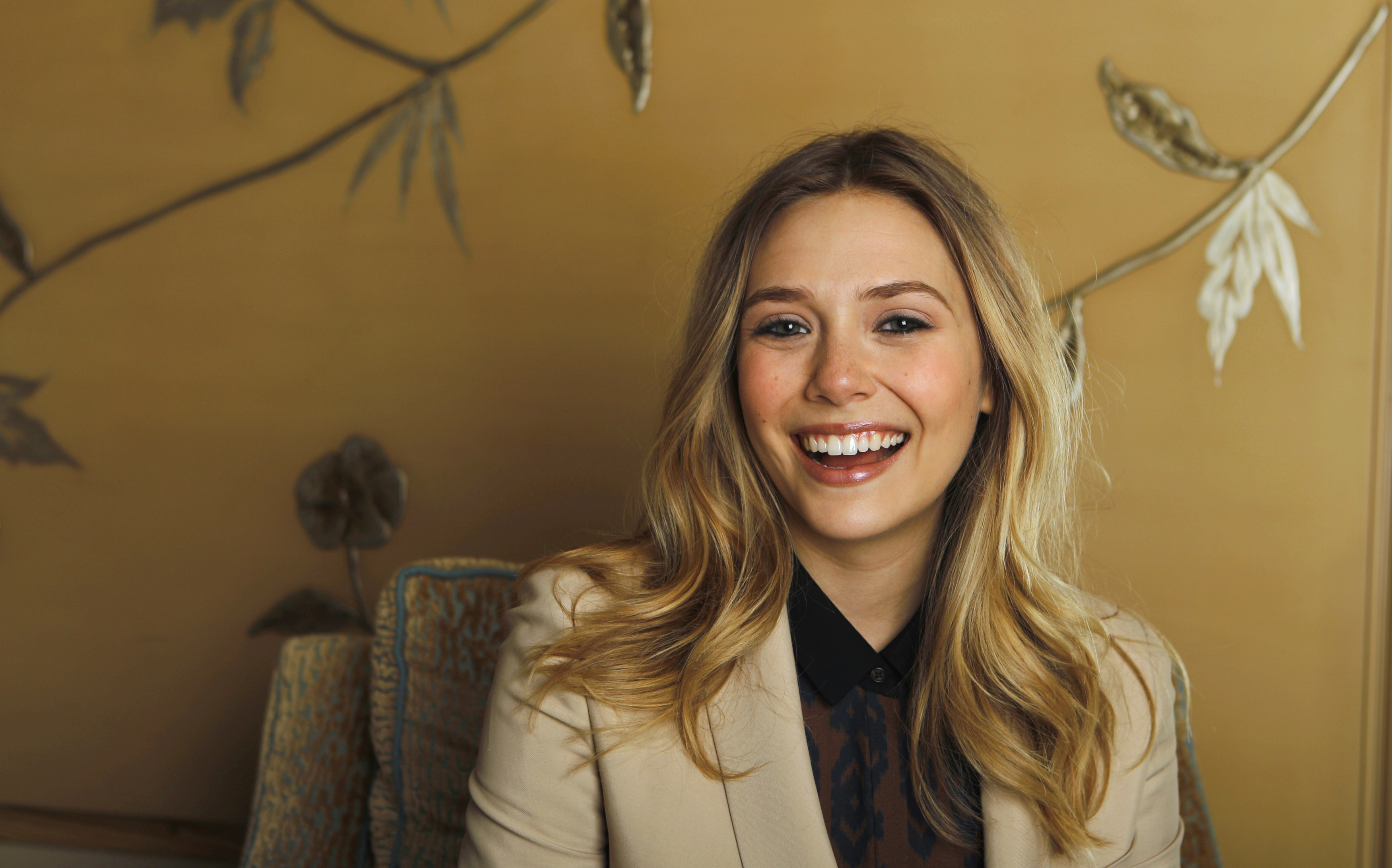 Elizabeth Olsen Wallpapers Pictures Images 3500x2183