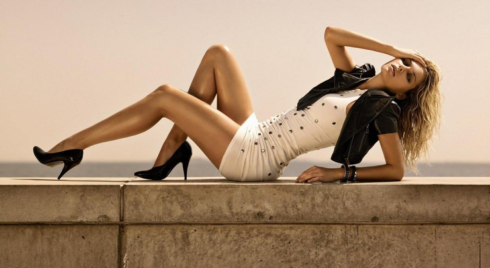 girl nice legs in dress 1080p hd wallpaper is a great wallpaper 1600x874