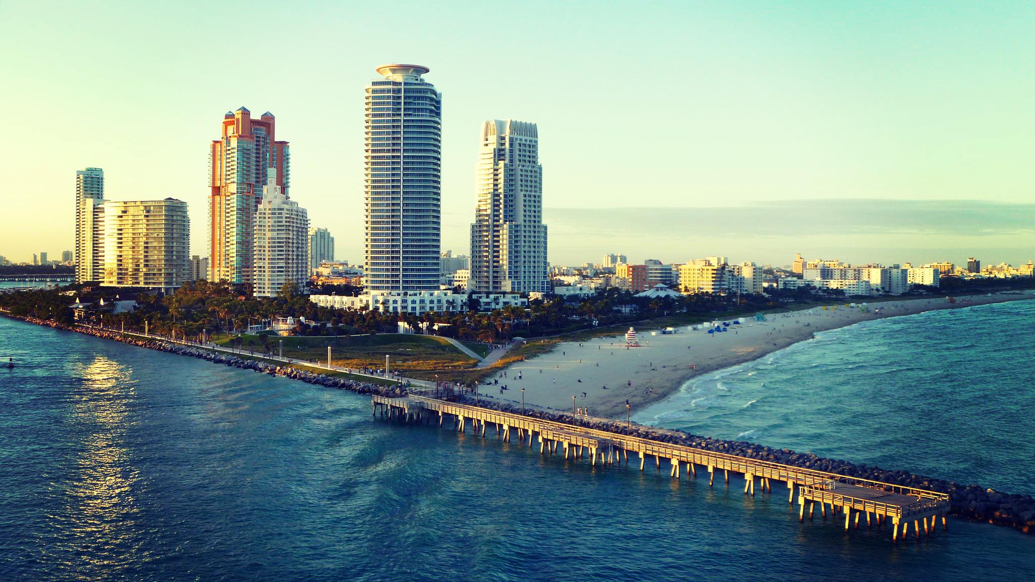 miami miami beach ocean beach wallpapers photos pictures 2048x1152