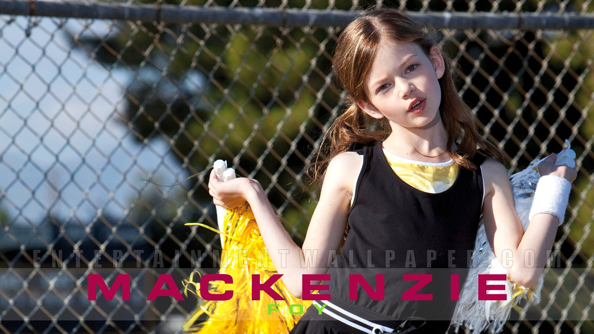 Mackenzie Foy Background Wallpapers 90 images in Collection Page 1 1920x1080