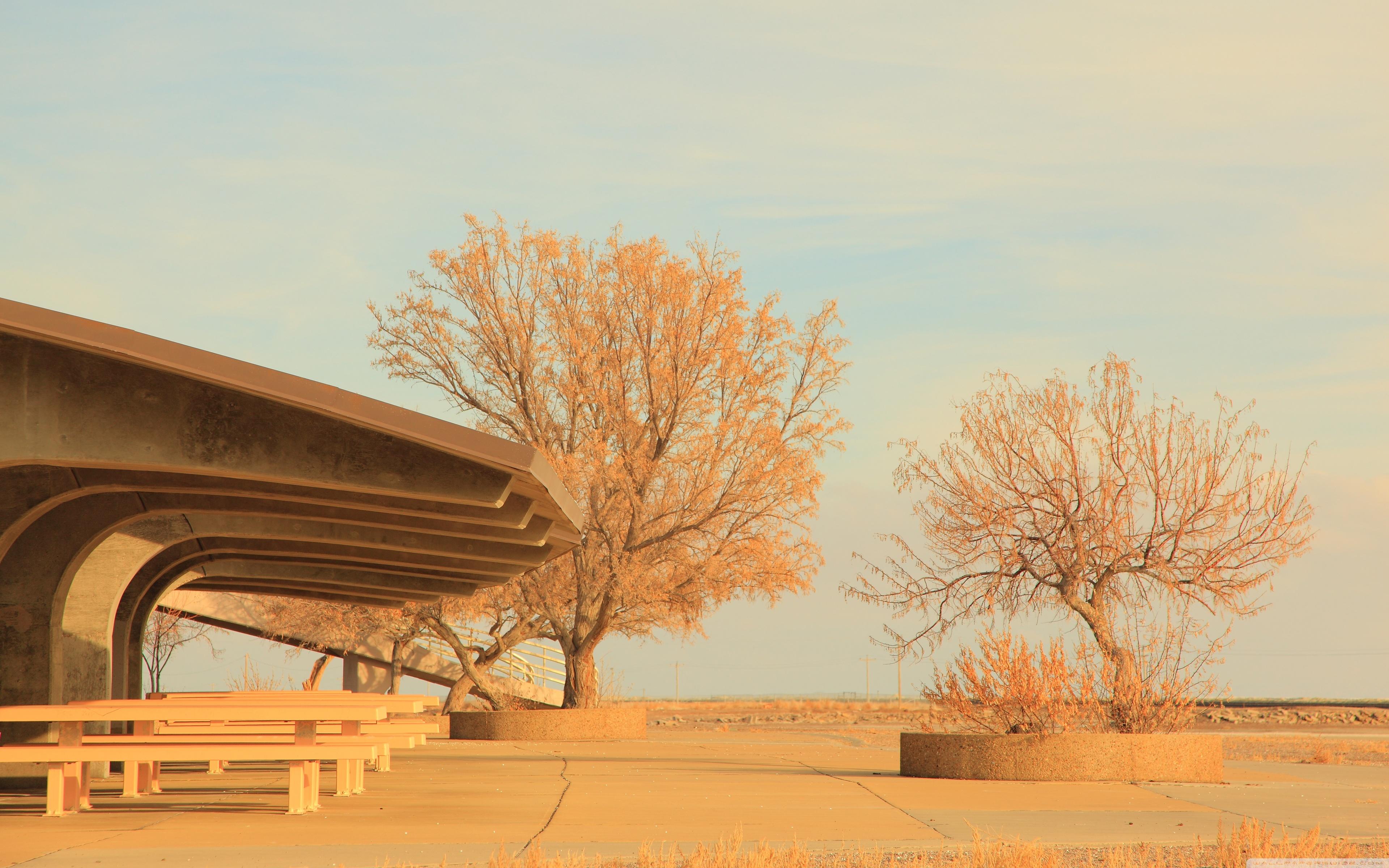 Bonneville Salt Flats Rest Area Utah 4K HD Desktop Wallpaper 3840x2400