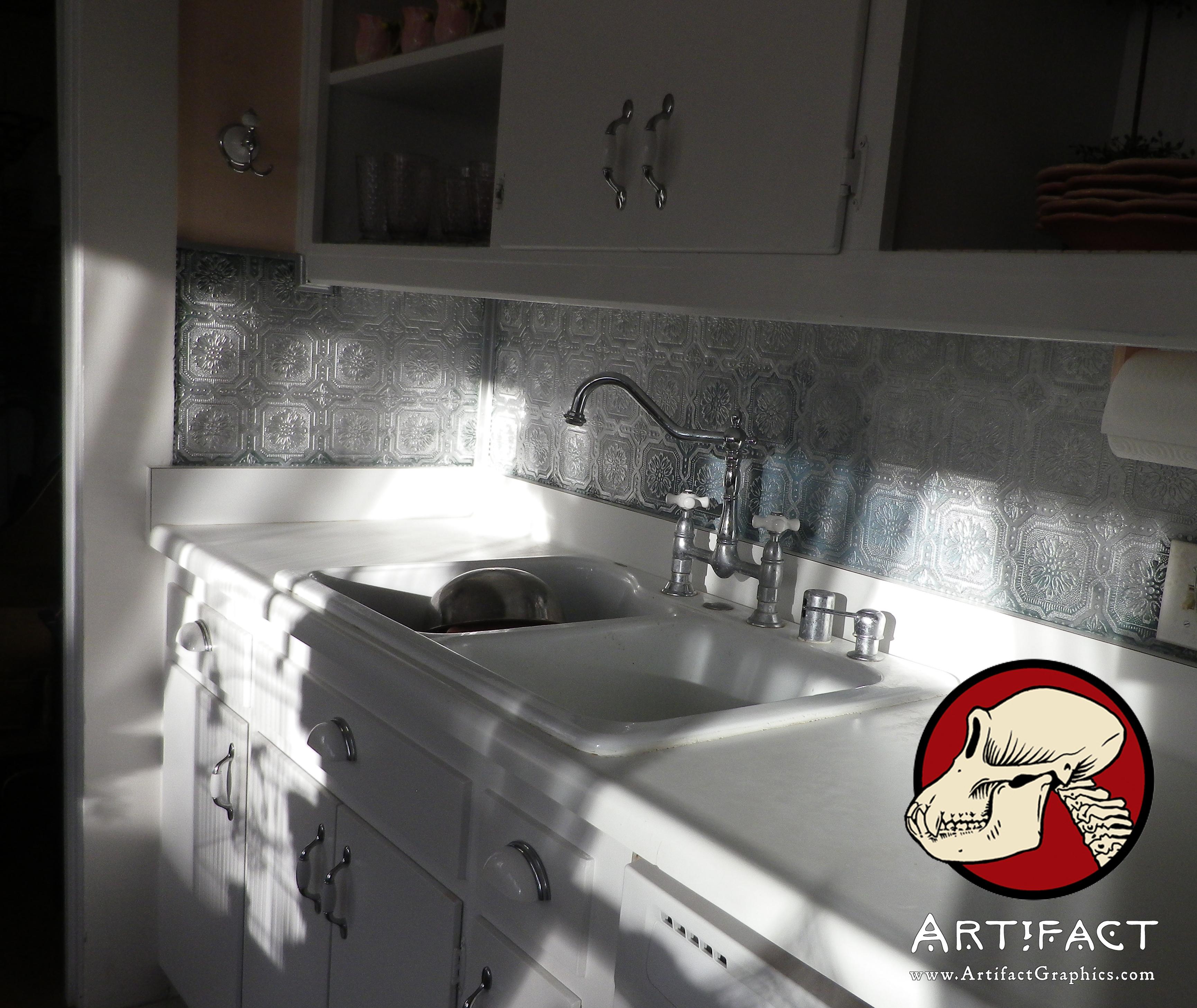 Tile backsplash over wallpaper wallpapersafari for Tile wallpaper backsplash
