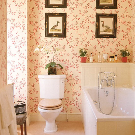 Bathroom with red patterned wallpaper tongue and groove panelling and 550x550