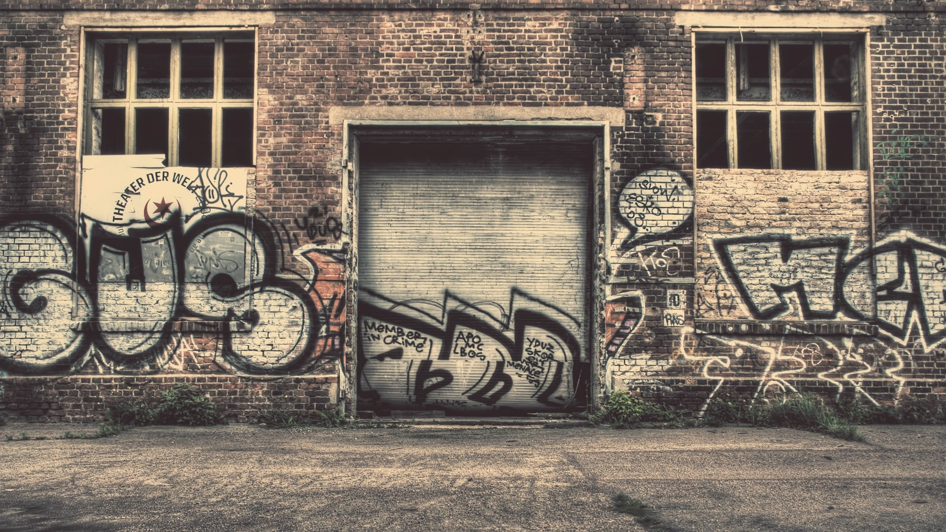 HD Background City Graffiti Wall Drawing Art Old Street Wallpaper 1920x1080