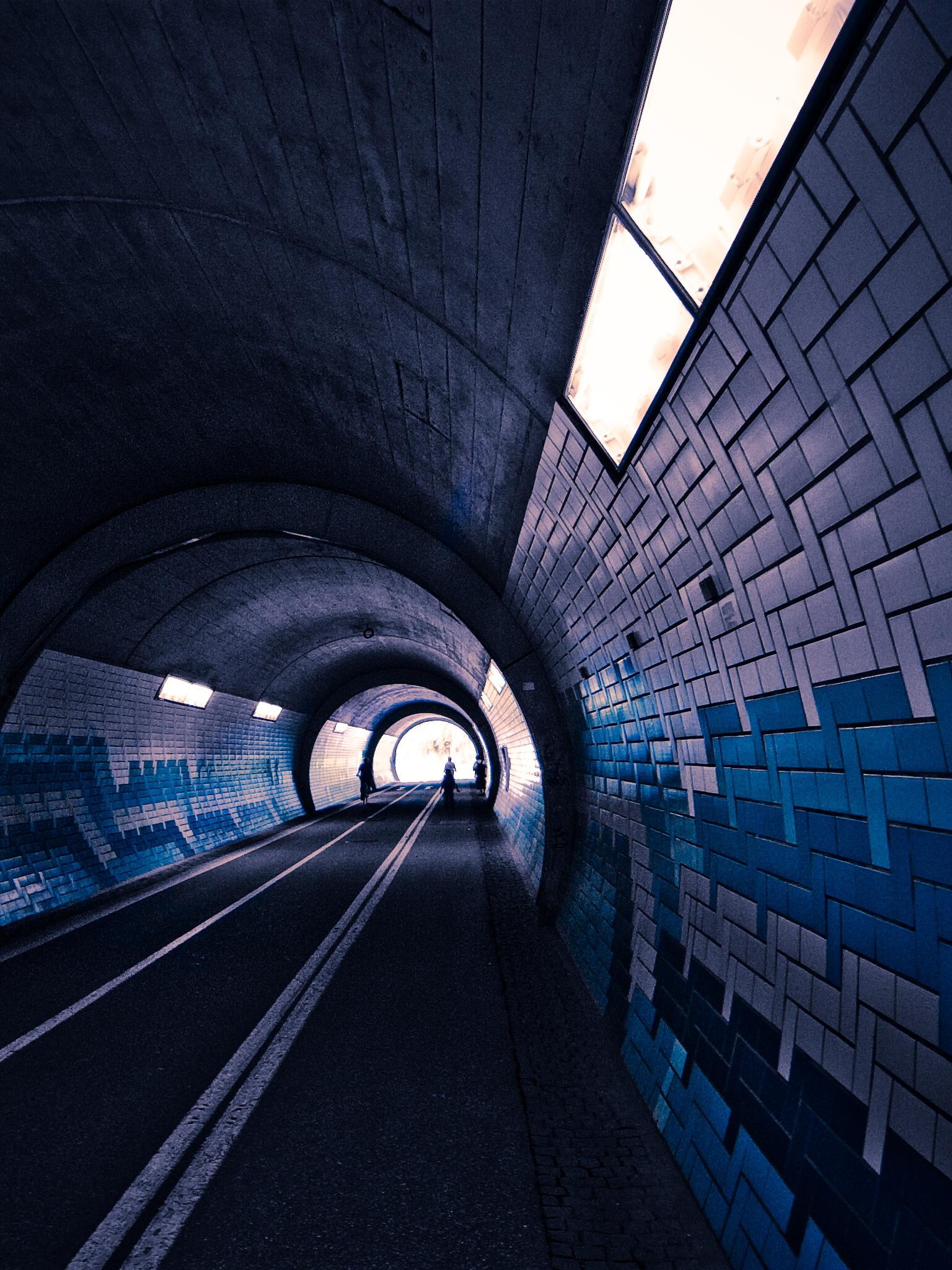 1536x2048 Dark tunnel Ipad 3 wallpaper 1536x2048
