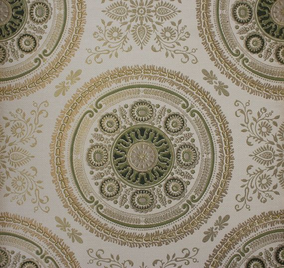 Green and Gold Medallions Damask Vintage Wallpaper  Made in England 570x538