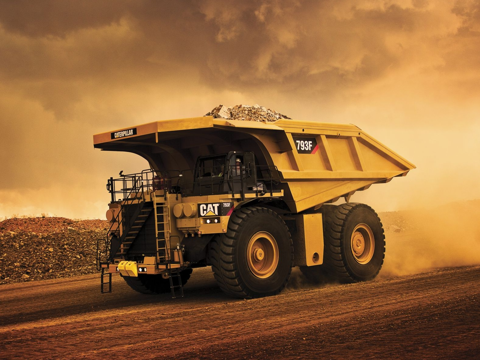 Caterpillar 793F dumptruck construction f wallpaper background 1600x1200