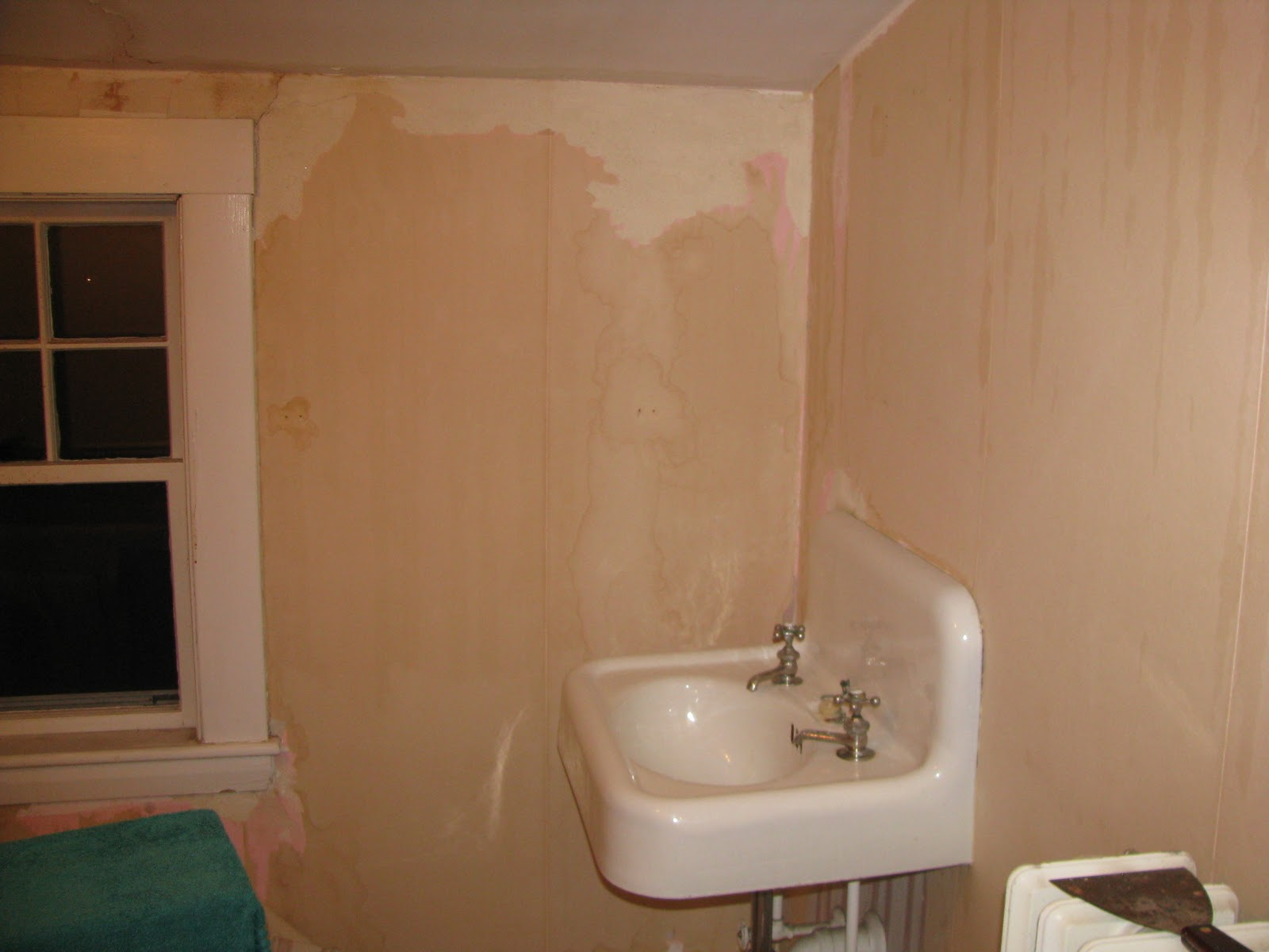 How To Remove Wallpaper Glue 1600x1200