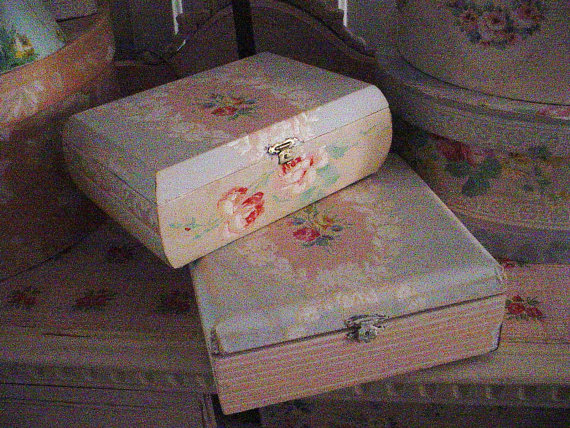 Vintage Wallpaper Cigar Box Cottage Chic Recycled Pink Roses Pretty 570x428