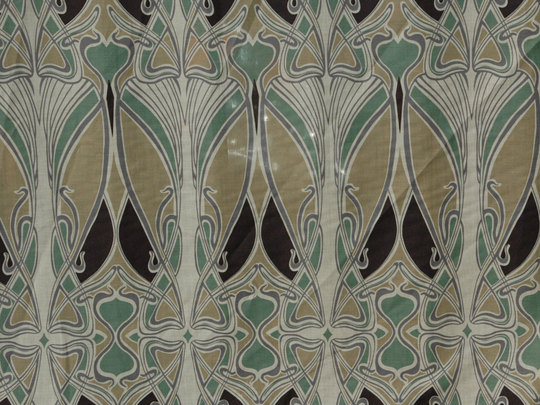 LIBERTY IANTHE Reproduction Art Deco Nouveau Fabric Sewing Material 540x405