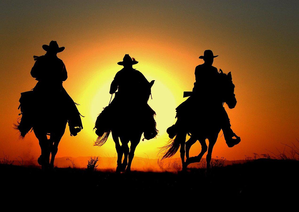 Three Cowboy Wallpaper Desktop 1270x900