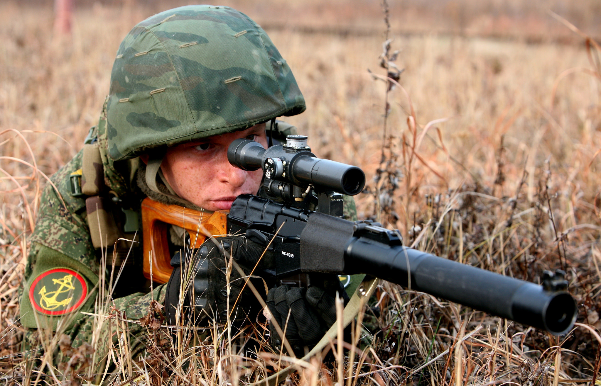 Wallpaper soldiers army sniper rifle jet addict wallpapers men 2048x1317