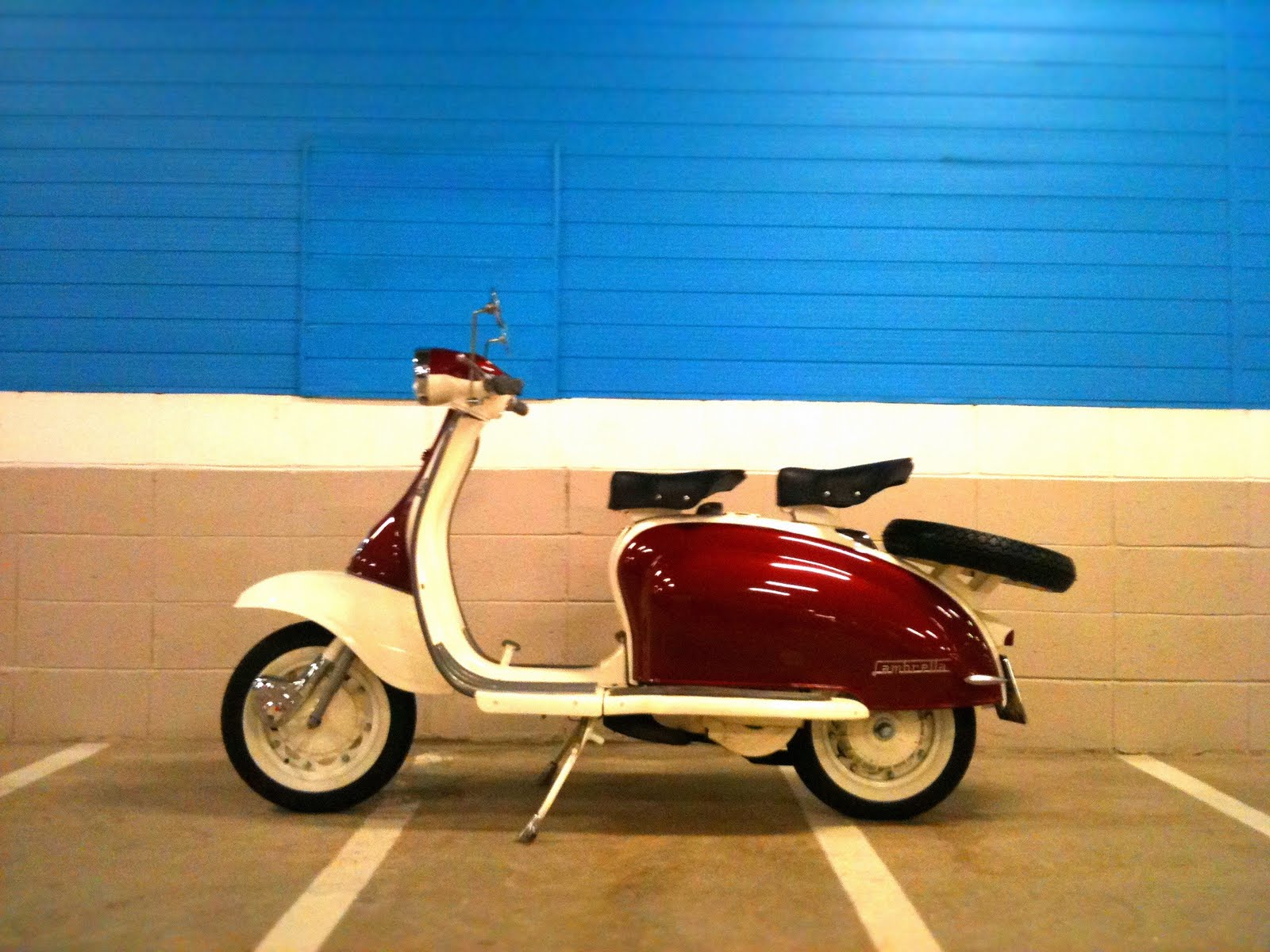 Lambretta Scooter HD Wallpapers Backgrounds 1600x1200