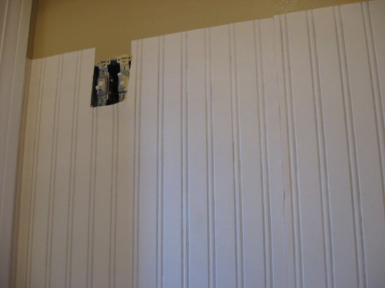 Beadboard Wallpaper Party 550x412