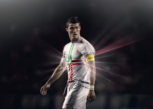 Cristiano Ronaldo Wallpaper 2012 Wallpapers Photos 644x460