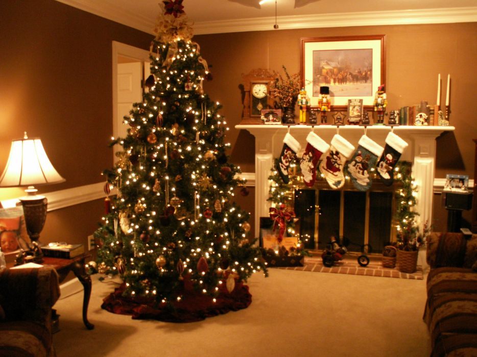 Christmas fireplace fire holiday festive decorations 4 wallpaper 934x700