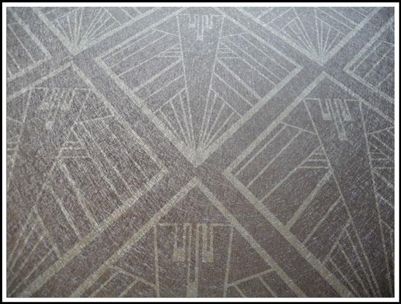 Geometric silver grey Art Deco Design on Silver Vinyl Wallpaper by 580x440