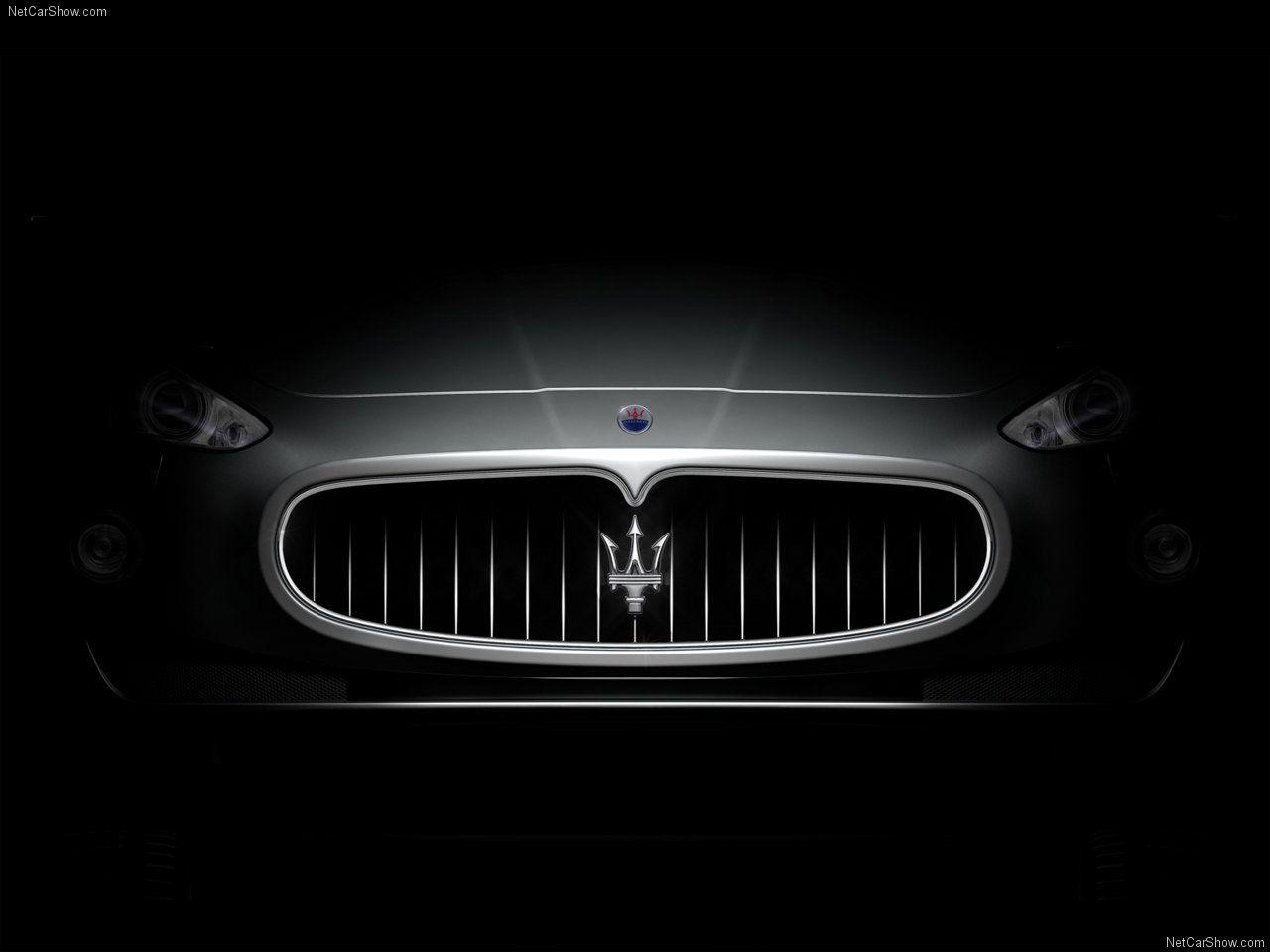 Maserati Logo in Grill Wallpaper HD Desktop Maserati car 1280x960