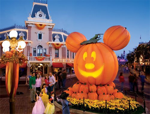 Disney World Halloween Desktop Background Return from a disney 500x380