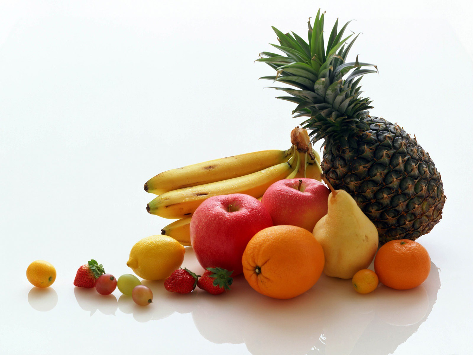 fresh fruits wallpaper fruits nature wallpaper 1600 1200 1345jpg 1600x1200