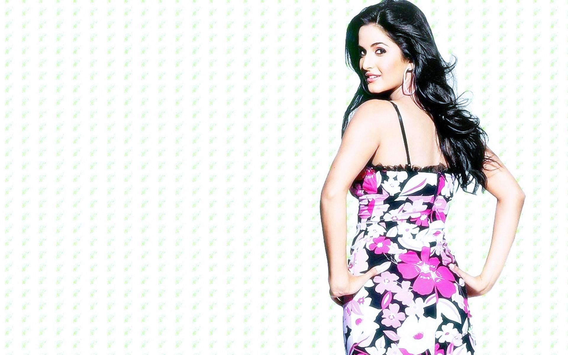 Download 25 Beautiful Katrina Kaif Wallpapers 2015 1920x1200