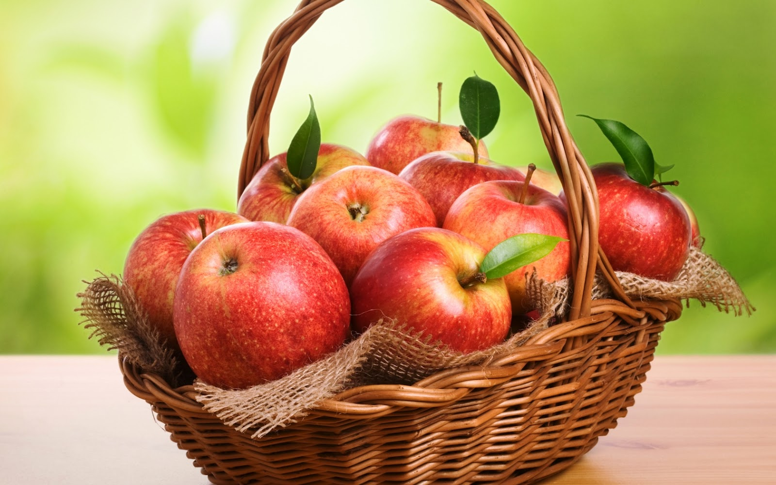 Fresh Red Apples in a Basket HD Wallpaper HD Nature Wallpapers 1600x1000