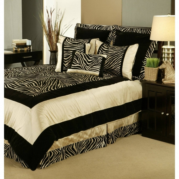 Zebra Print Bedroom Ideas 100x100 Zebra Bedroom Decor for Exotic 590x590