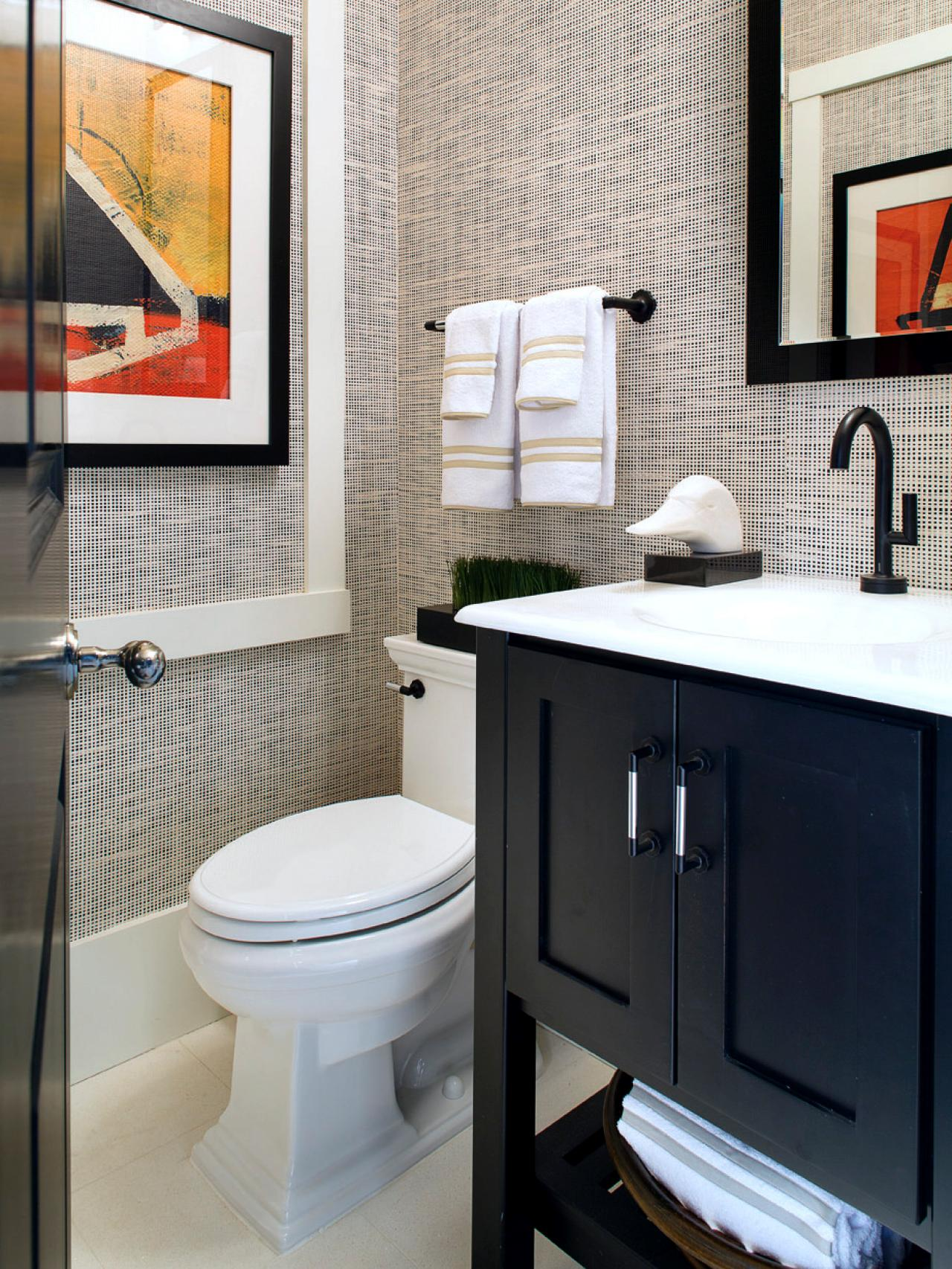 37+] Images of Wallpapered Bathrooms on WallpaperSafari on